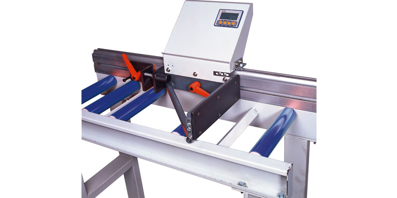 Outfeed Rollers Conveyor (Magnetic Scale With LCD Display)